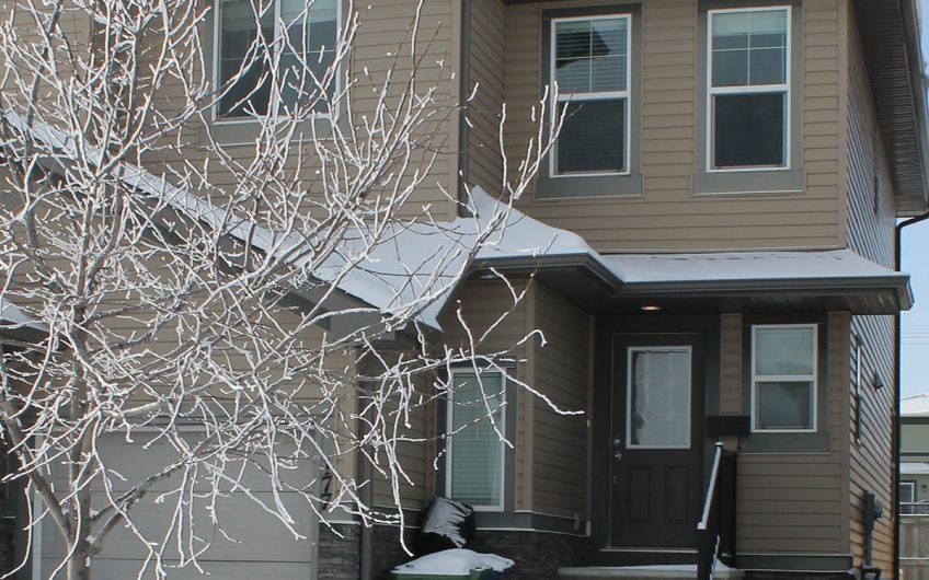 Airdrie: Rent to Own 3 Bedroom Duplex with Single Car Garage